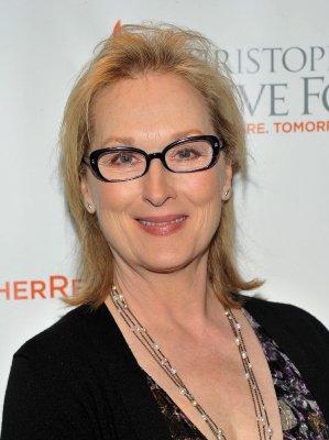 Meryl Streep nudecreator.org: Games, Editoren, Skins, Nude  und more Gore